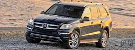 Mercedes-Benz GL450 US-spec - 2013